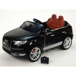 Audi Q7 s DO, FM, prehrávač USB, čalunením, pérovaním, EVA kolesami, bohatým osvietením, 12V, čierna