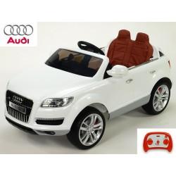 Audi Q7 s DO, FM, prehrávač USB, čalunením, pérovaním, EVA kolesami, bohatým osvietením, 12V, biela