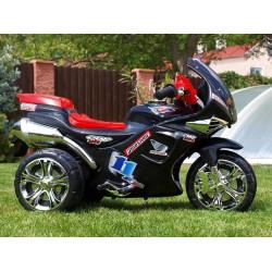 Závodná motorka